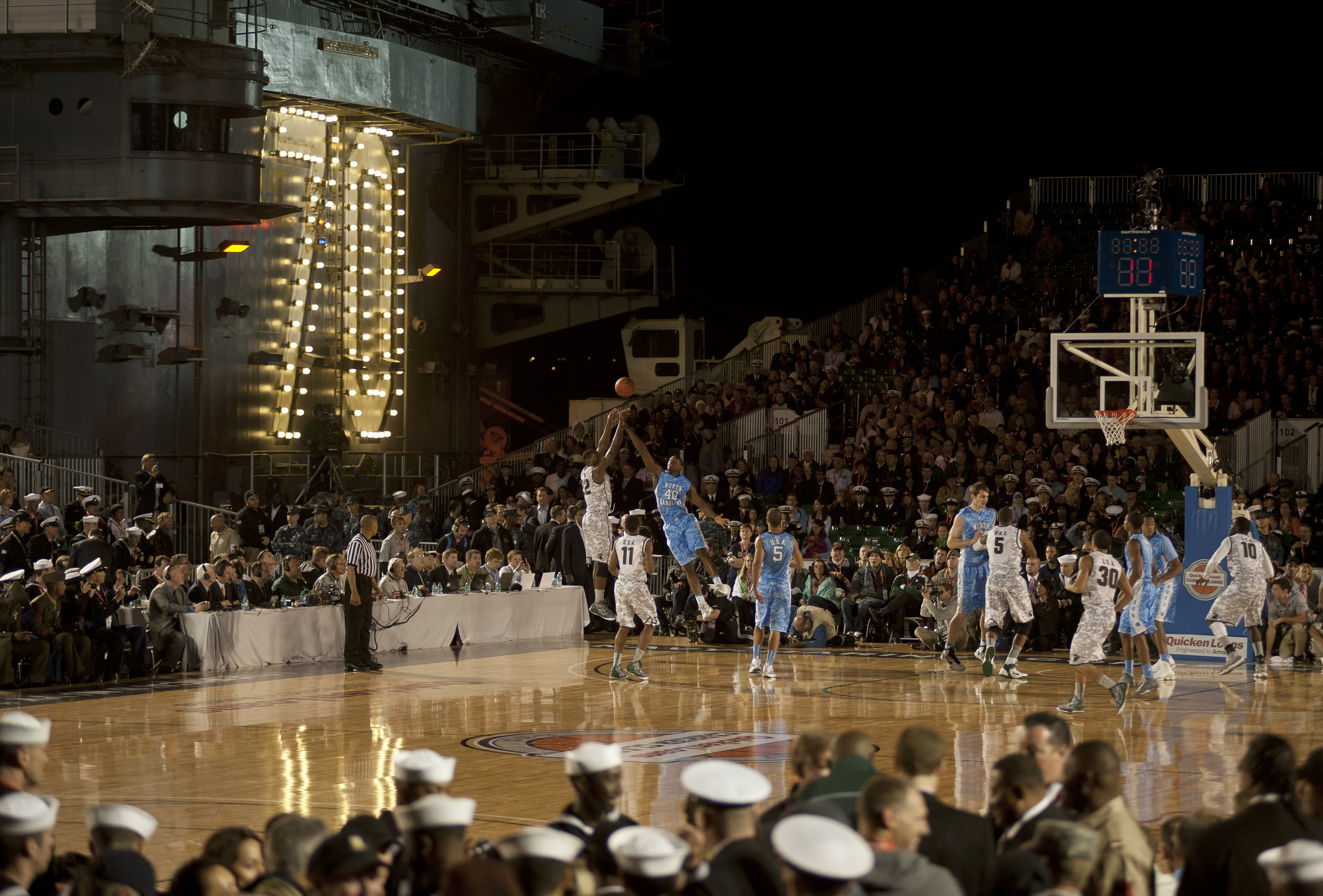 2011 Carrier Classic: North Carolina vs Michigan State